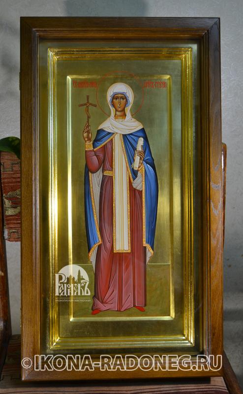 Нина Грузинская (икона в киоте)